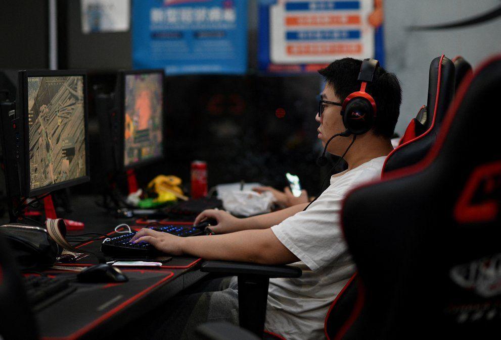 China insta a sector de videojuegos a no fomentar afeminación ni adicción de usuarios