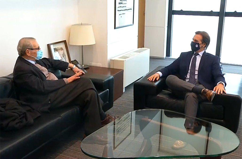 Se inicia una etapa de diálogo, dijo Ricardo Ehrlich tras reunirse con Lacalle Pou