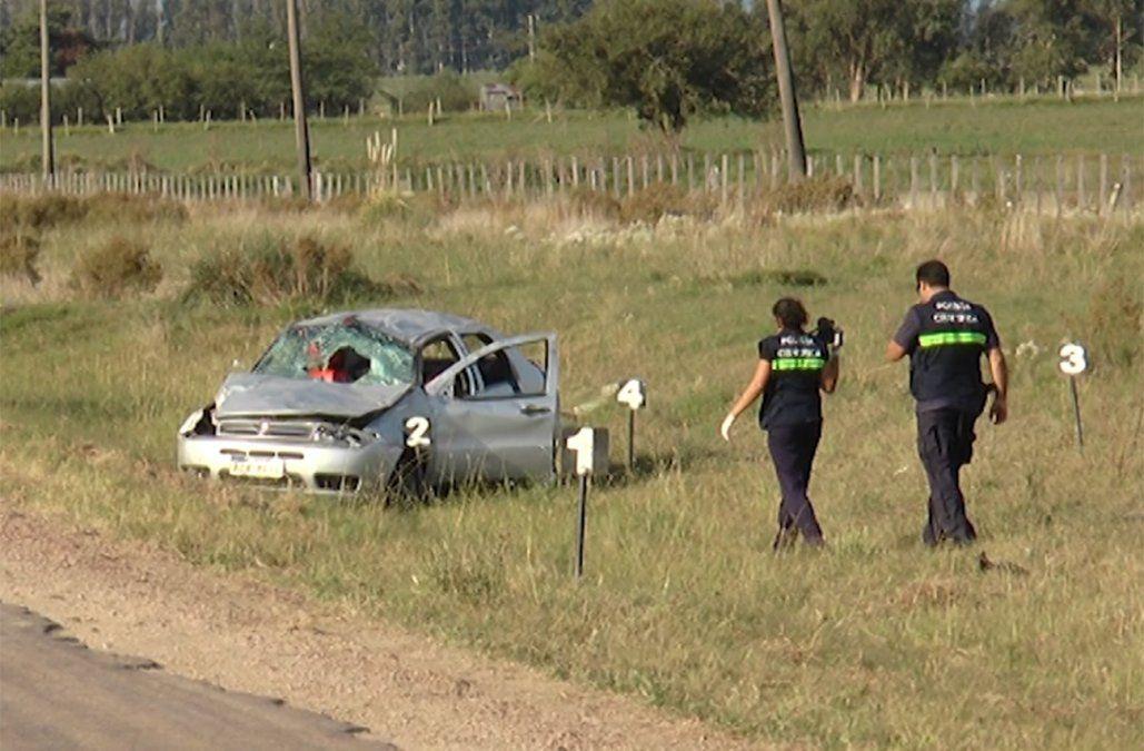 Dos niños de 4 y 11 años fallecieron tras un vuelco cerca de San Ramón
