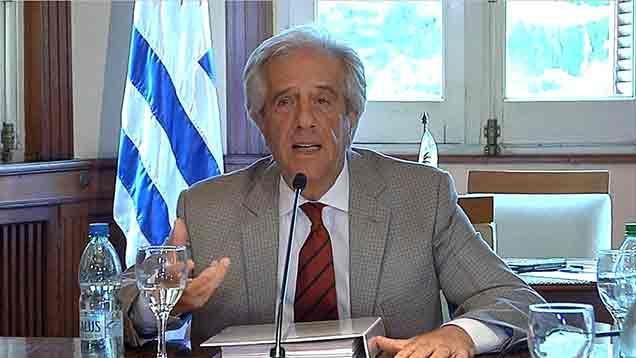 Vázquez advierte que asignará recursos en 2018 con prudencia y equilibrio