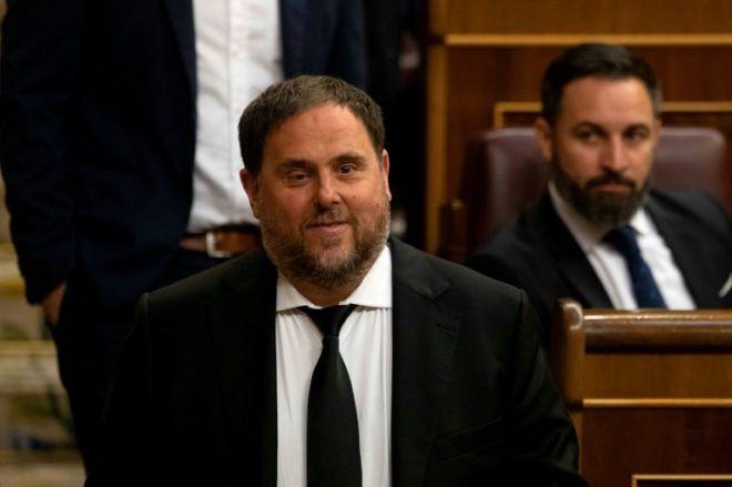 El exvicepresidente catalán encarcelado Oriol Junqueras asiste a la primera sesión plenaria del Congreso de los Diputados