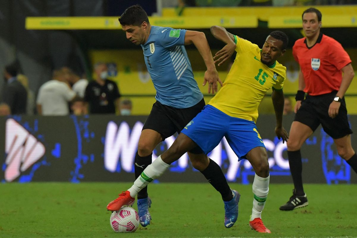 Brasil goleó 4 a 1 a Uruguay en el Arena da Amazônia