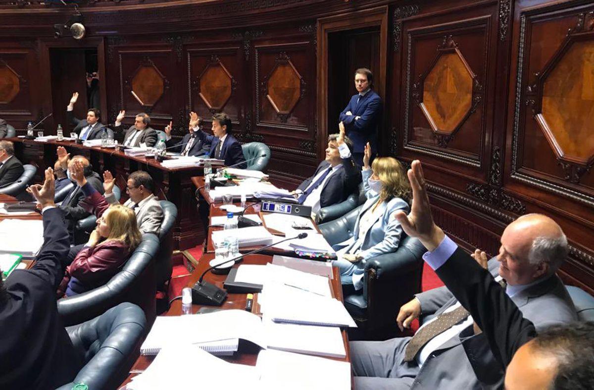 Senado aprobó la Rendición de Cuentas con fondos para regularización de asentamientos