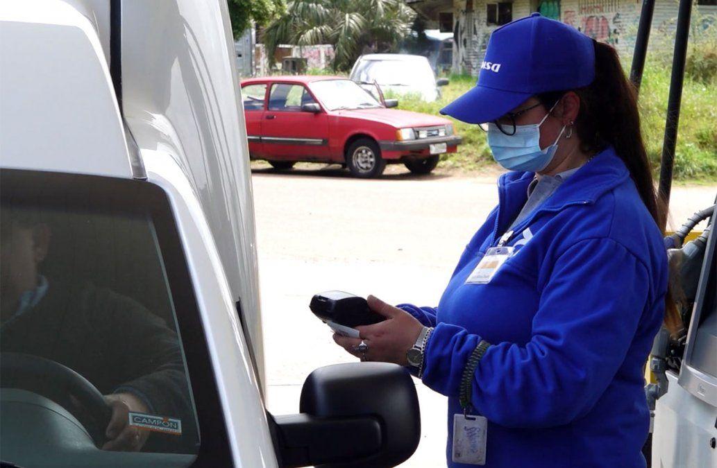 Estaciones de servicio de Maldonado evalúan no aceptar tarjetas de crédito