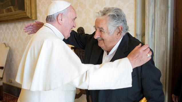 Mujica visitó por segunda vez al papa Francisco en el Vaticano