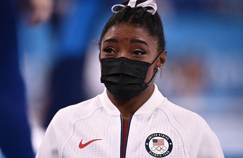 La super estrella olímpica Simone Biles de EE.UU. fue reemplazada por razones médicas
