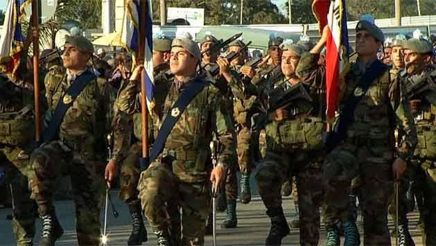 """""""Soldados piden que no los desprecien por el pasado"""", dijo el comandante"""