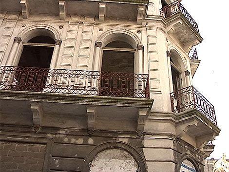 Fucvam plantea cobrar impuesto a las viviendas vacías
