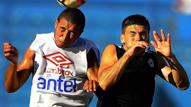 Nacional empató un partido y ganó otro en amistosos jugados ante Wanderers