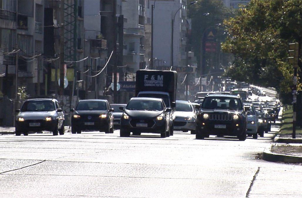 Vehículos más seguros y obligaciones a ciclistas y peatones, establece la nueva ley de tránsito