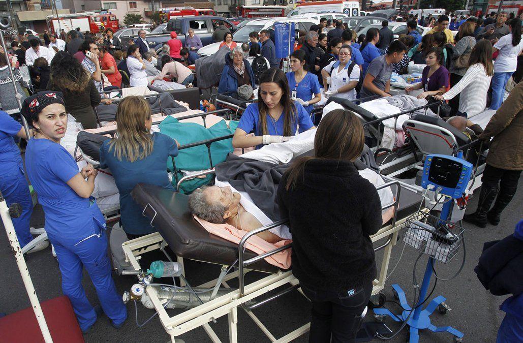 Tres muertos y unos 50 heridos en una explosión de gas en clínica de Chile