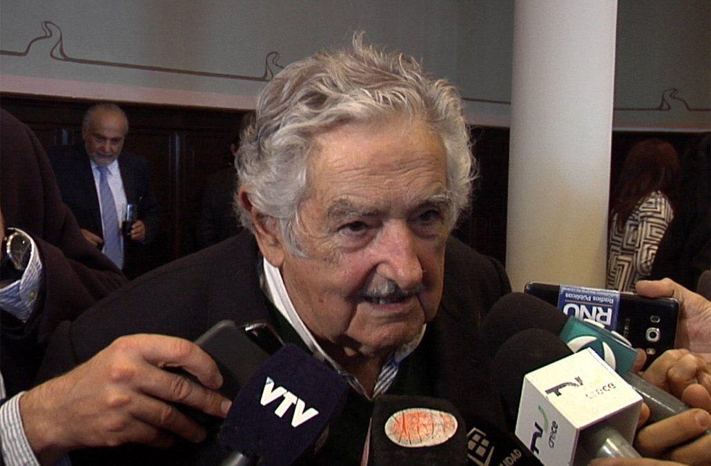 Mujica avala allanamientos nocturnos para desmantelar bocas de drogas