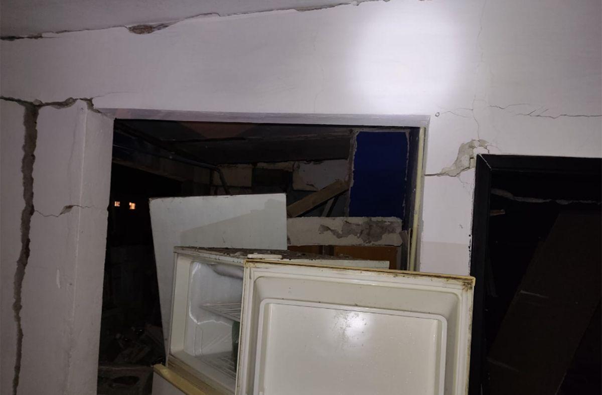La explosión de un calefón destruyó una casa y provocó daños en viviendas linderas