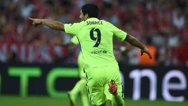 Luis Suárez salió por sobrecarga muscular, informó Barcelona