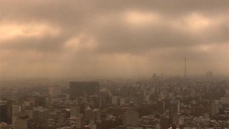"""Nueva nube de cenizas llega a Uruguay y dará al cielo aspecto """"brumoso"""""""