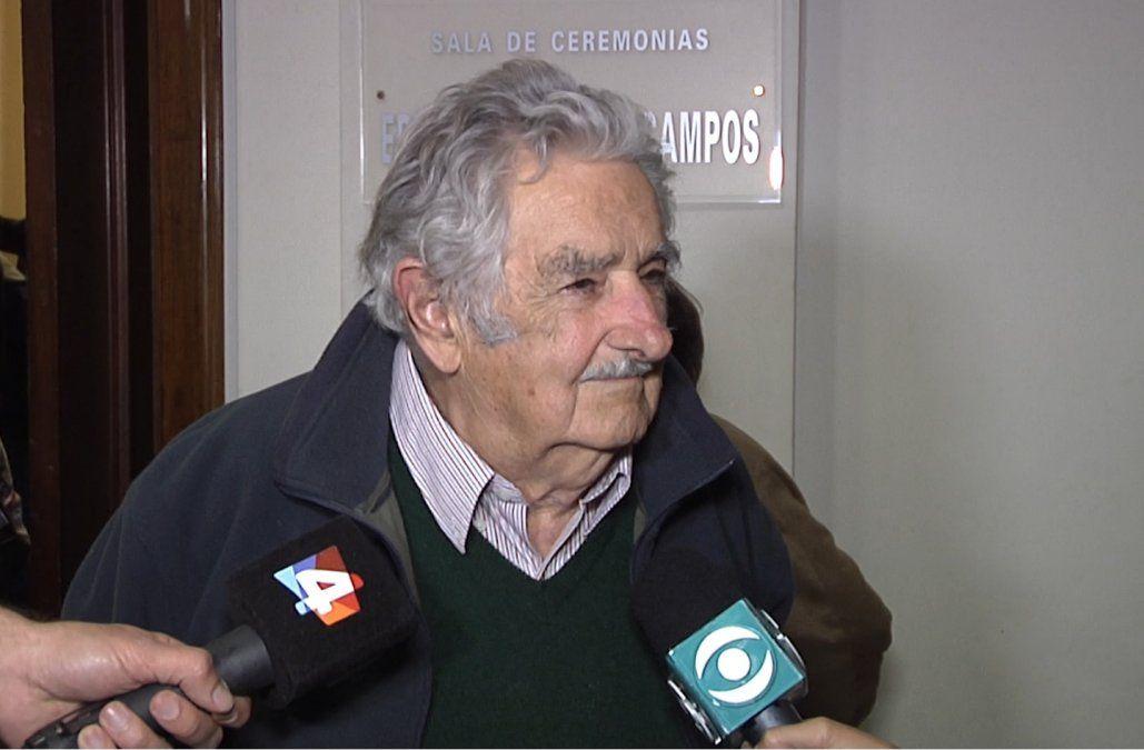 El fuerte de Martínez no es el viru viru, es la gestión, dijo Mujica