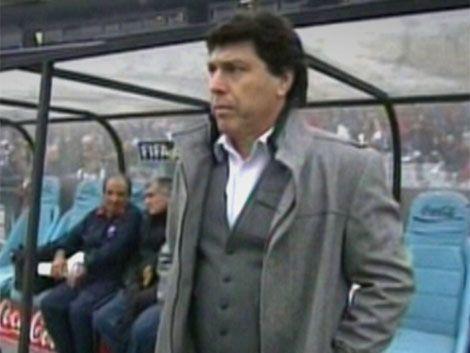 JR Carrasco: en Peñarol y Nacional hay miedo escénico