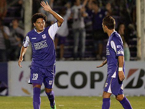 Defensor y Cruzeiro empatan 0 a 0 en el Mineirao