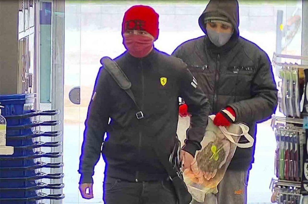 Delincuentes robaron una farmacia: se llevaron $70.000 en perfumes importados