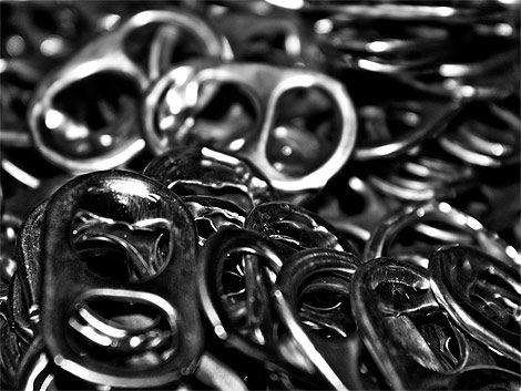 Melo revolucionado por abridores de latas de refresco