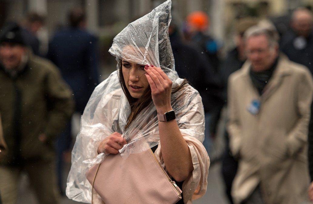 Otra advertencia amarilla por tormentas y lluvias afecta a ocho departamentos