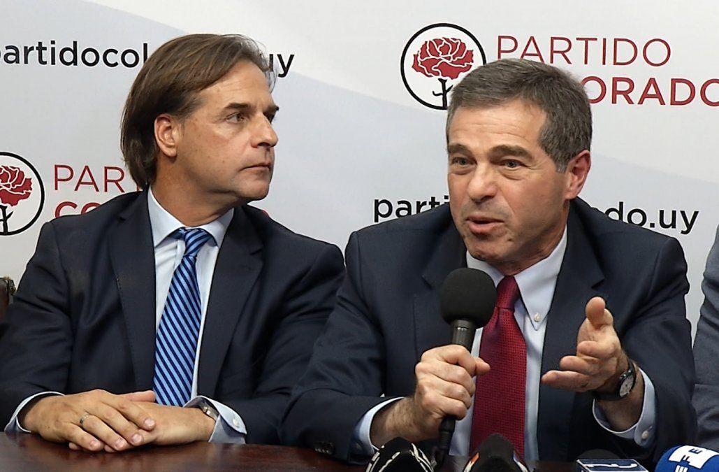 Partido Colorado oficializó su apoyo a Lacalle Pou, con Talvi y Sanguinetti en primera fila