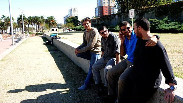 Dos ex reclusos de Guantánamo se casan la semana próxima con dos uruguayas
